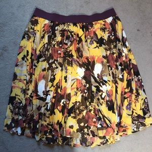 Floral chiffon pleated skirt
